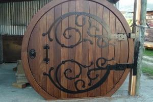 Custom door - Hobbit